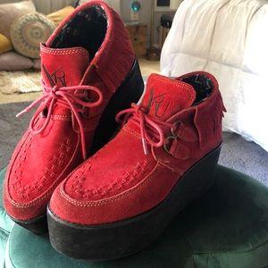 YRU Platform Fringe Shoes